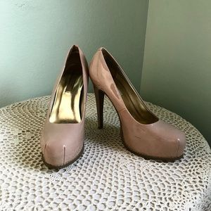 Simply Vera Wang Blush/Nude High Heels